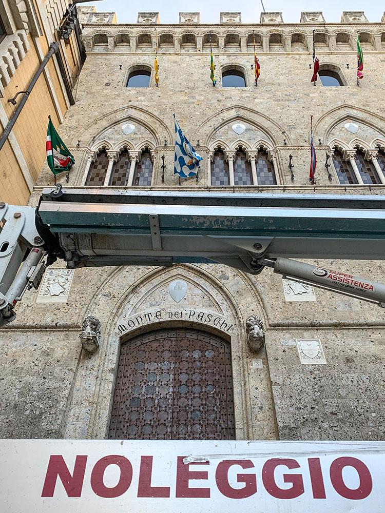noleggio cestelli centro storico siena